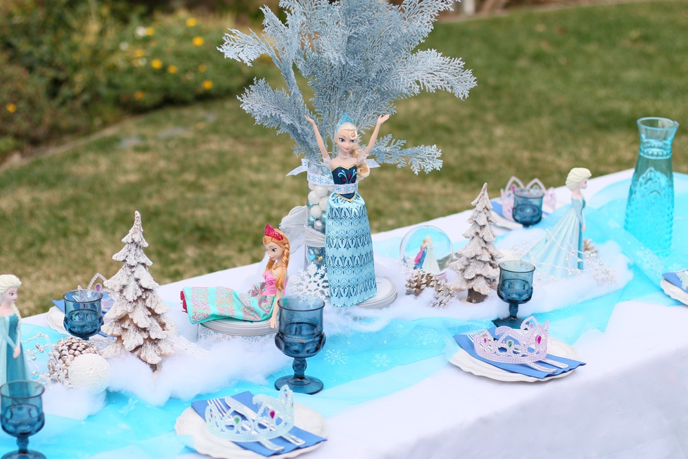 Stunning Elsa centerpieces for rent! - FROZEN PARTY @inJOYtheParty