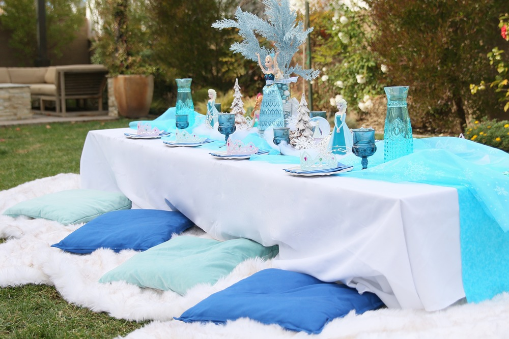 Plush floor seating for rent for a FROZEN party! @inJOYtheParty