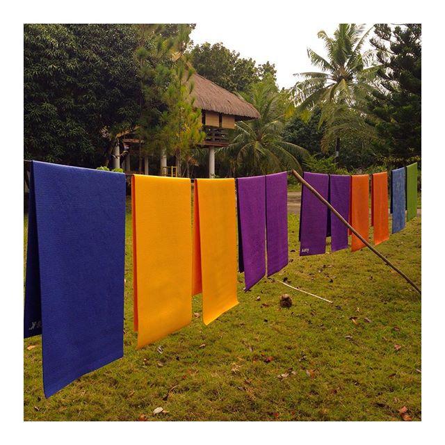 Deep cleaning Sunday! #yogastudio #yogamat #YogaMatters #yogabarnpanglao #bohol #yogabohol #yogaphilippines #niceandclean