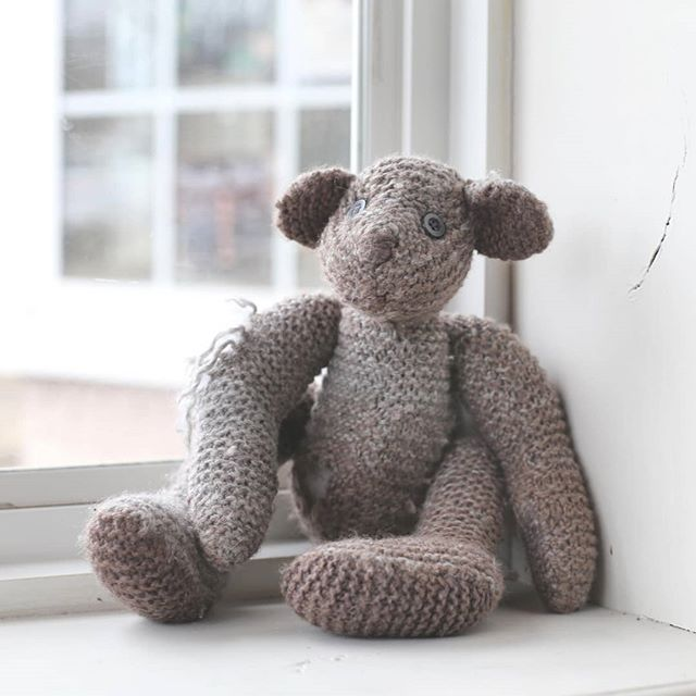 I would like to invite you all to read the story of this little stuffed bear who, for me, was a painful example of the work we all do to feel loved and accepted. I hope you all can see that when we try to be perfect, when we try to fit in, we are not giving others the opportunity to see our authentic selves; Thus, denying ourselves the opportunity to be loved for who we truly are. *link is in bio*