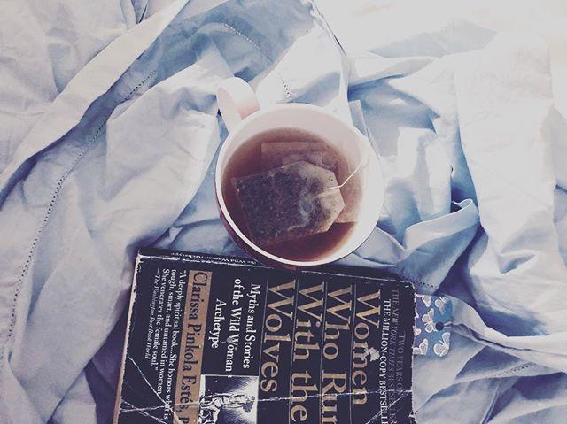 my nights.  Mandatory reading for all women btw. 👍🏽 #tea #womenwhorunwiththewolves #goddess #innerself #silkysheets #wellness #clearmind #latenightpreparation #wolfgoddess #selfhelp #wildwomenarchetype #tryingtochillmydragon