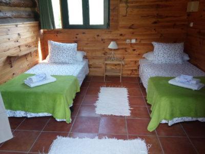 rose-cabin1-400x300.jpg