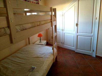 main-house-downstairs1-400x300.jpg