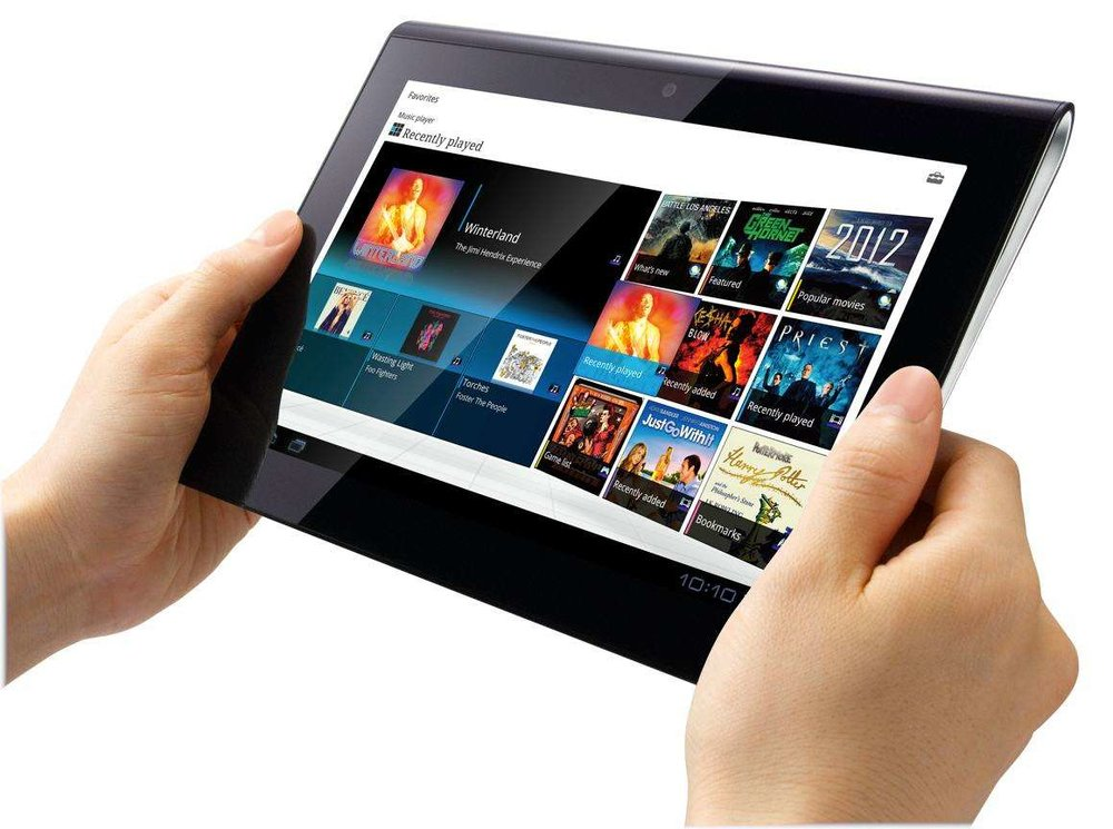 sony-tablets1-hands2-lg.jpg