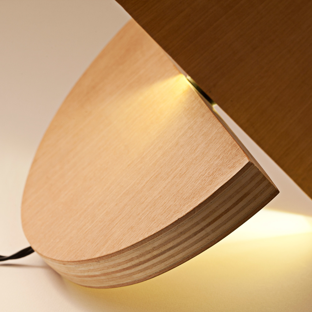 unisono.produzioni.lampada.lulu_04.jpg