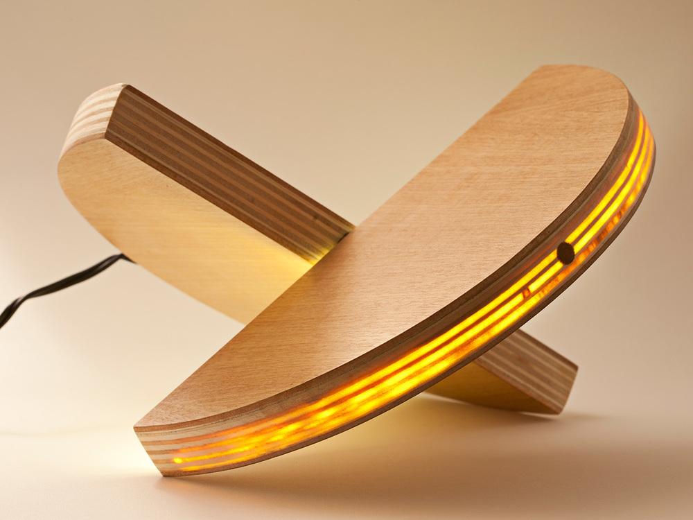 unisono.produzioni.lampada.lulu_07.jpg
