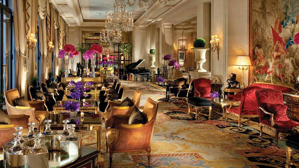 La Galleria Lounge