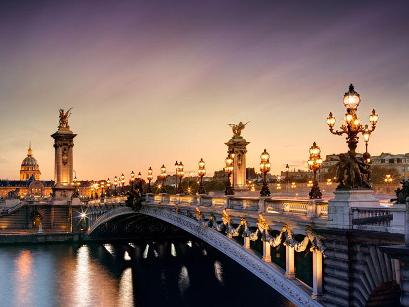 seine_river_cruise_pont_alexandre_III_bridge.jpg