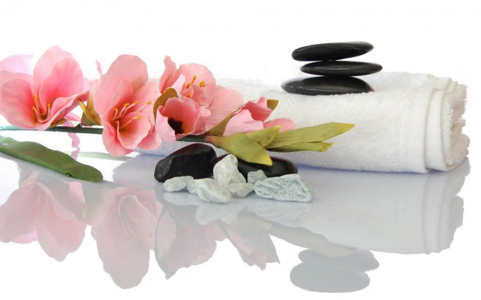 4392_Relaxation-spa-set-stones-flowers-and-water.jpg