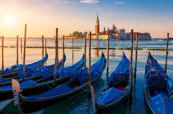 beautiful-view-of-venice-with-gondolas-at-sunrise.jpg