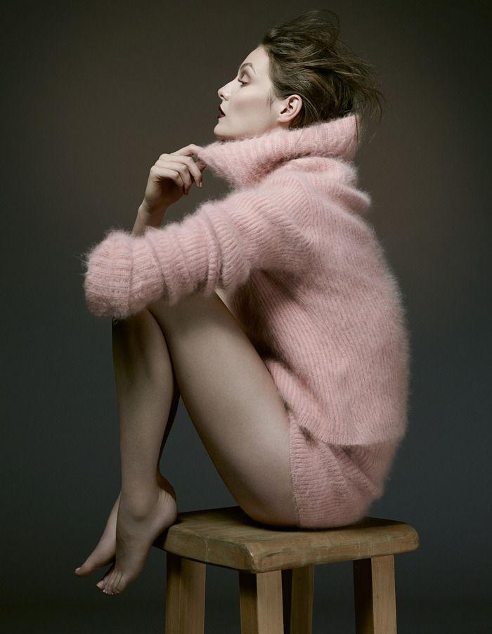 3c52f586ad2fa0a205072f739c32b3f1--pink-sweater-angora-sweater.jpg