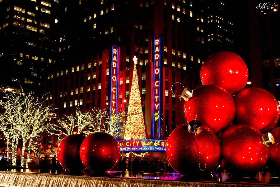 christmas_in_manhattan_by_poet515-d4iploa.jpg