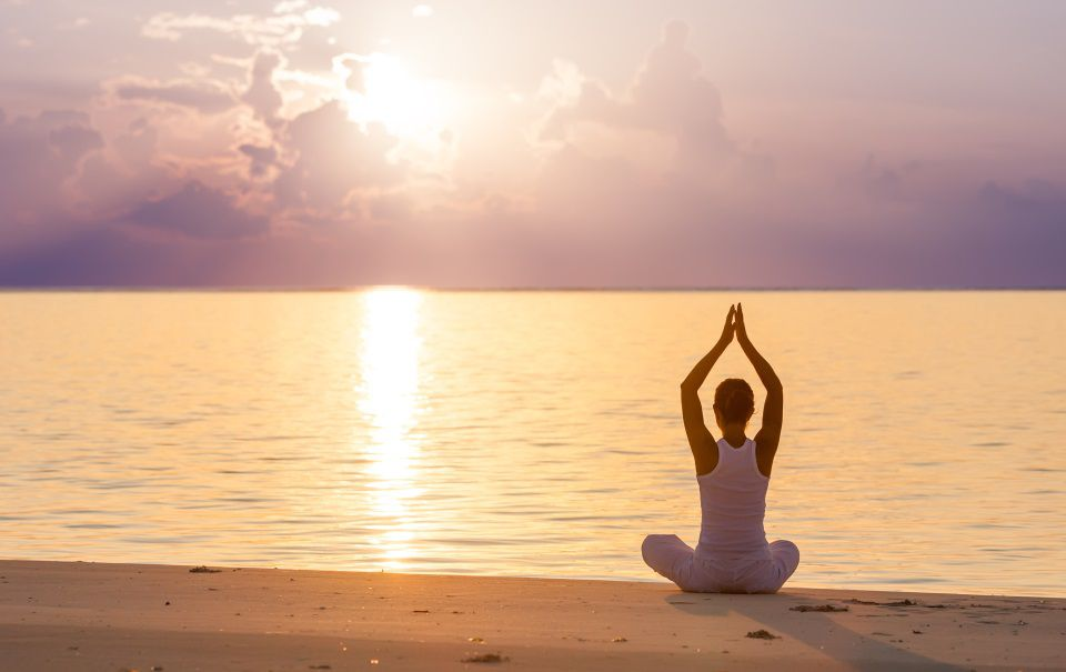 208-yoga-a-goa-960x605-1.jpg