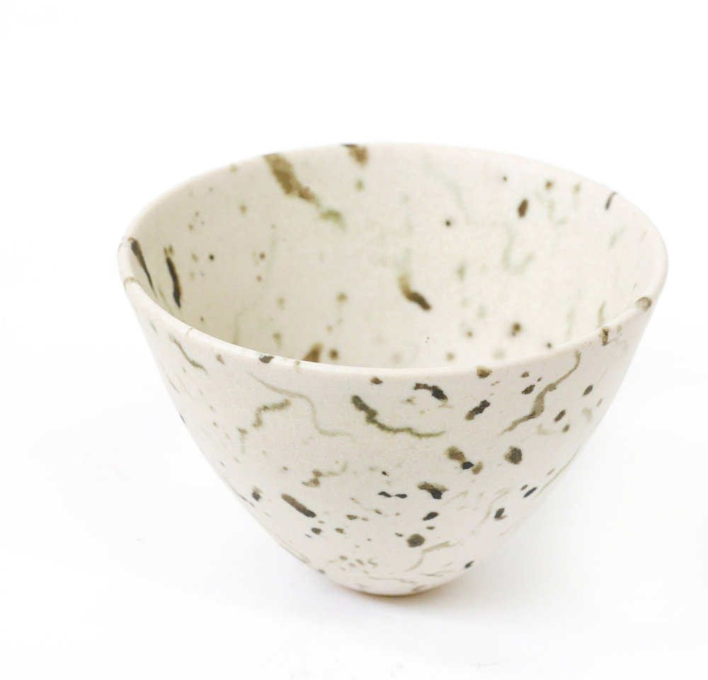 Matte glazed thrown and handpainted stoneware 'Cirl Bunting' eggshell bowl