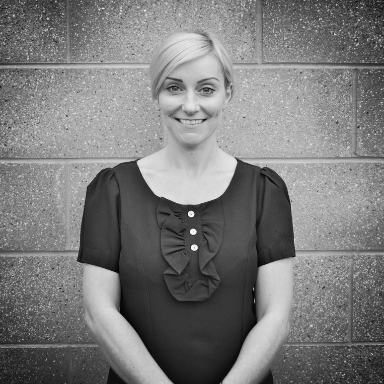 Hi, i'm Tanya HarrisonaCut & Colour Specialist andthe owner of Harrison Hair Studio (established September2007) I started my hairdressing career in January 1993 at Barbara Daley Hair & Beauty, working as a Saturday girlwhilst -CONTINUE