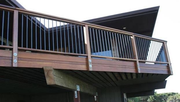 railing4.jpg