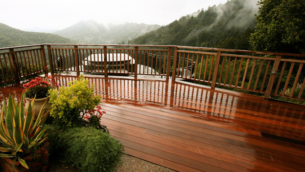 19 Deck Created to Enjoy and Enhance Mt. Tam View.jpg
