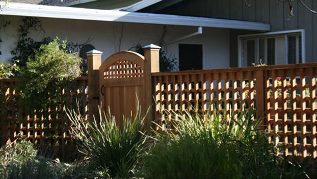 25_Greenbrae Front Entry Gate and Grid Fence.jpg