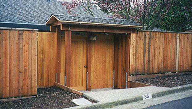 71_Belvedere Front Entry Gates.jpg