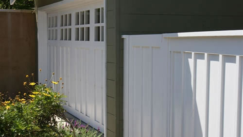 22_belvedere good neighbor board and batten front fence.jpg