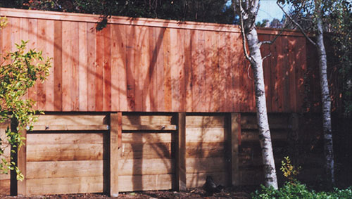 38_mill valley retainig wall with 1x6 top trimmed fence.jpg