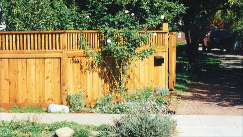 54_ross good neighbor fence with 1x2 window.jpg