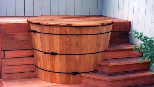 40_classic wood hot tub and deck kit in marinwood.jpg