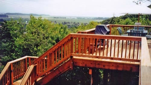 43_redwood deck and stair access for greenpoint home.jpg