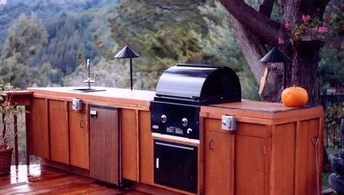 46_outdoor kitchen in mill valley built at our cabinet shop.jpg