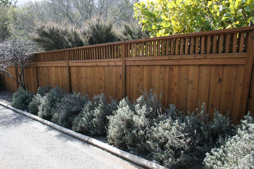 Fence Repair Contractor.jpg