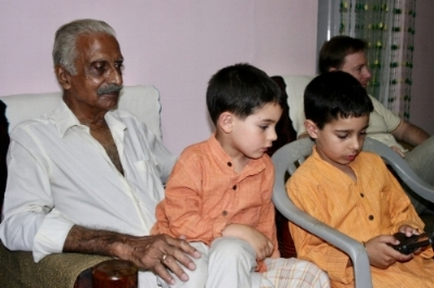 The author's uncle with her children in 2006