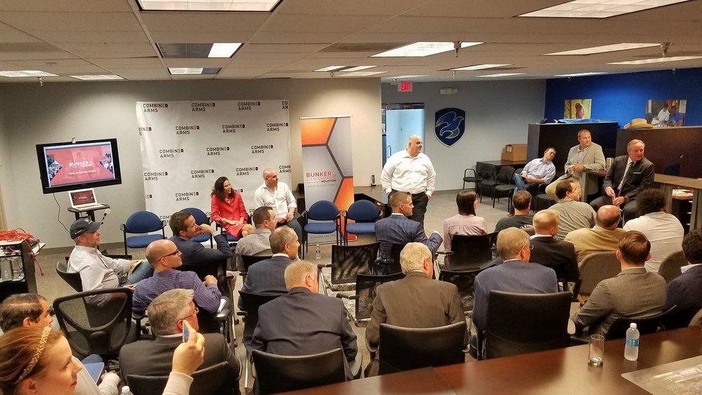 Anthony DeToto (USA) leads a conversation with Houston veteran entrepreneurs.