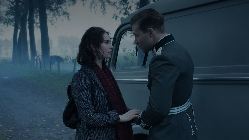 Lilly James and Jai Courtney in THE EXCEPTION directed by David Leveaux - DoP Roman Osin. Courtesy Egoli Tossell Films/UMedia