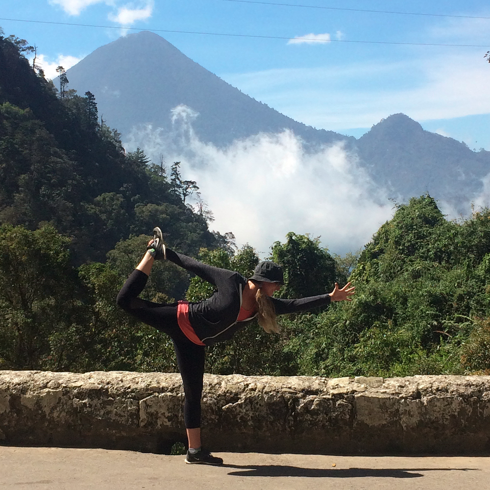 yoga retreat atitlan 2.png