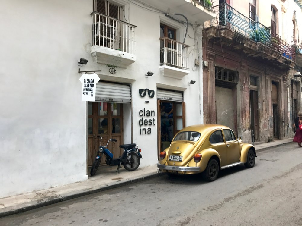 i found it! clandestina! 'actually, i'm in havana.'