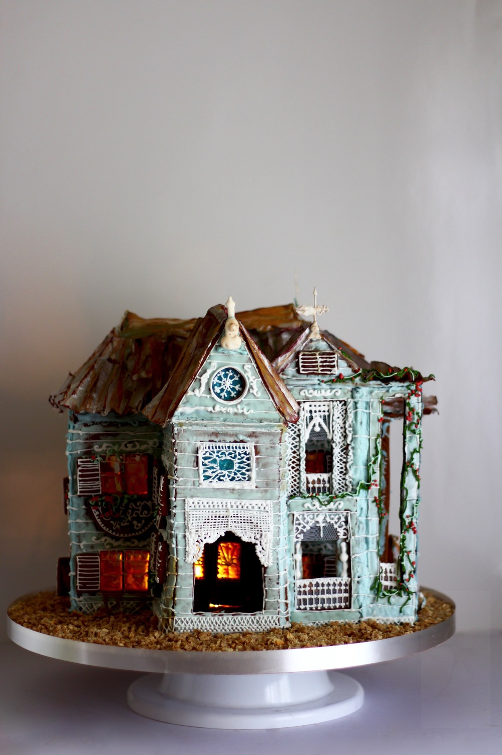 victorian gingerbread house trinidad and tobago, by jaime gerard cake