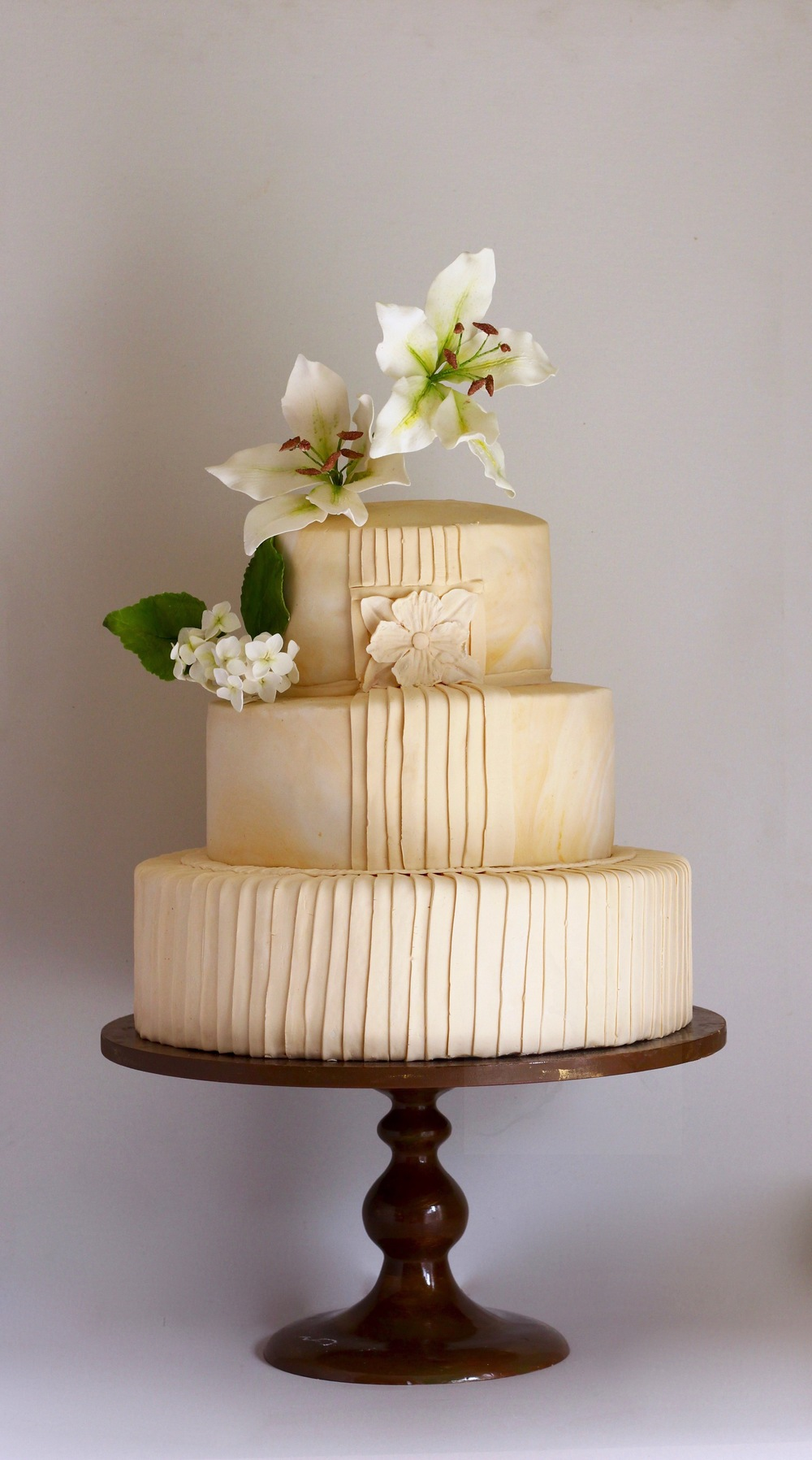 marbled wedding cake by jaime gerard cake