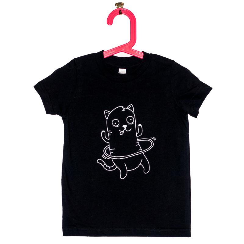 Les tee-shirts d'une toute nouvelle compagnie,Blacksnaps. Celui-ci est illustré par l'ineffable Mimi Traillette.
