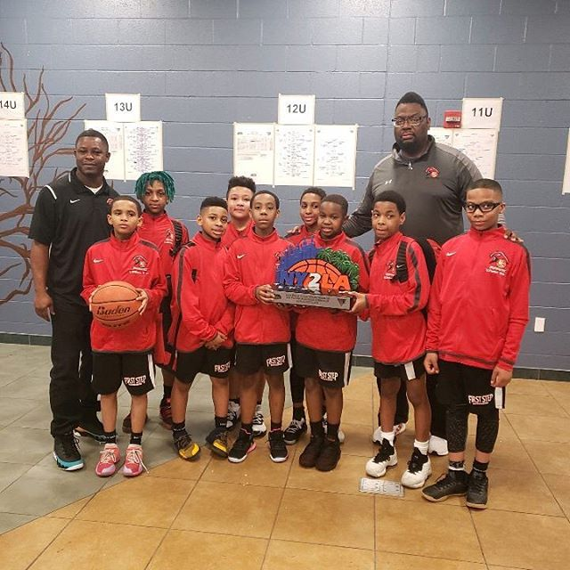 Congrats 11U RedHawks - 2nd place Platinum @ny2lasports Swish N Dish tournament 🏀🏆