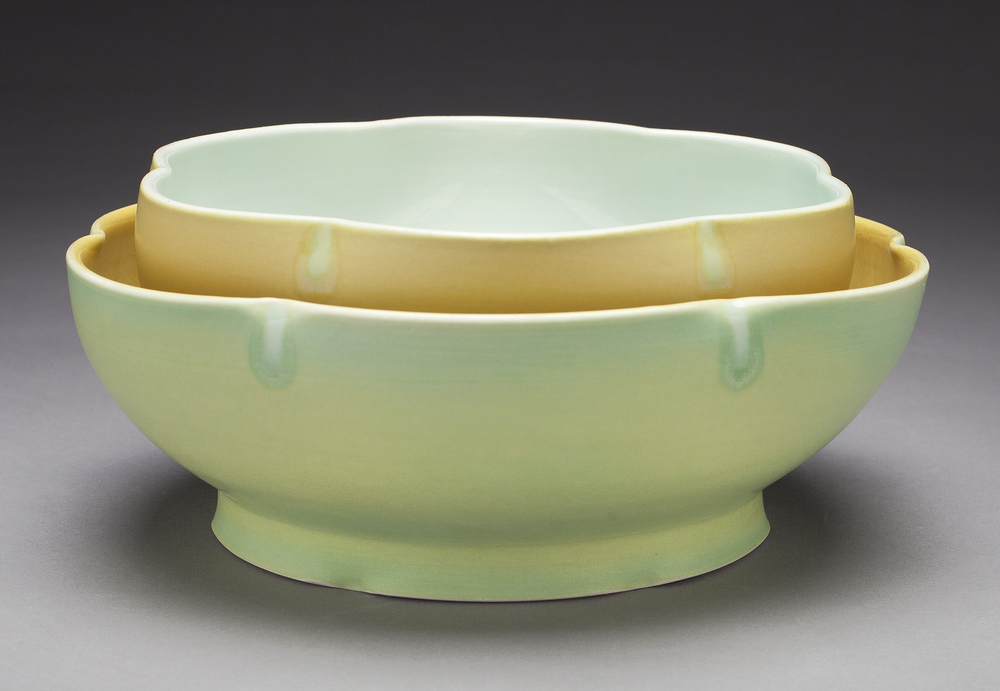 Nesting Serving Bowls