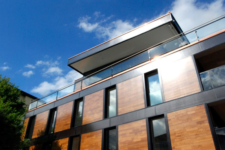 Credit: Eric Nelson/Nelson Solar |The solar facade installed on a project in Switzerland by Fent Solare Architektur.