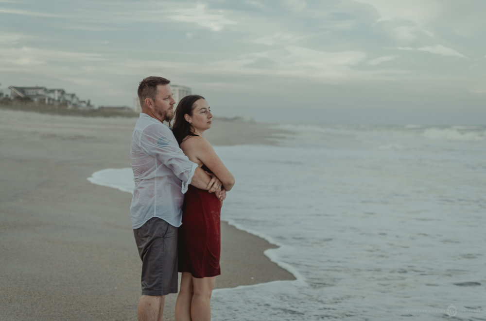 couples beach session, wrightsville beach nc