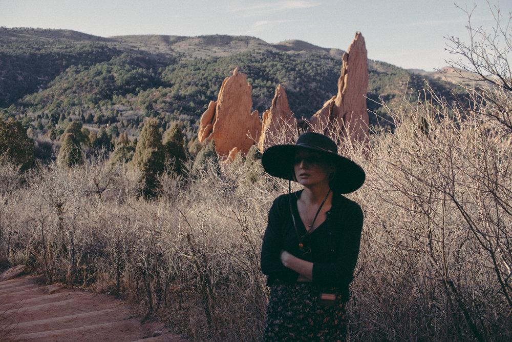 Jessy-Easton-Garden-of-the-Gods-Colorado-7465.jpg
