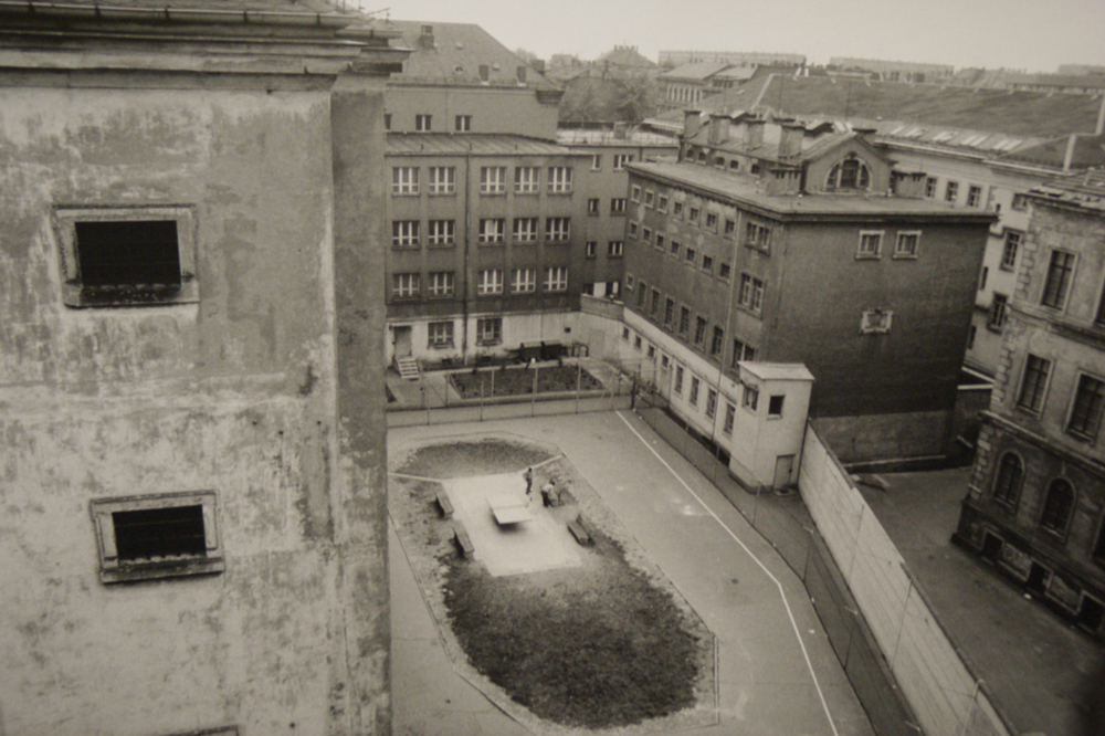 Outside yard for criminal prisoners across the Stasi pre-trial jail in Leipzig Beethovenstrasse 2.