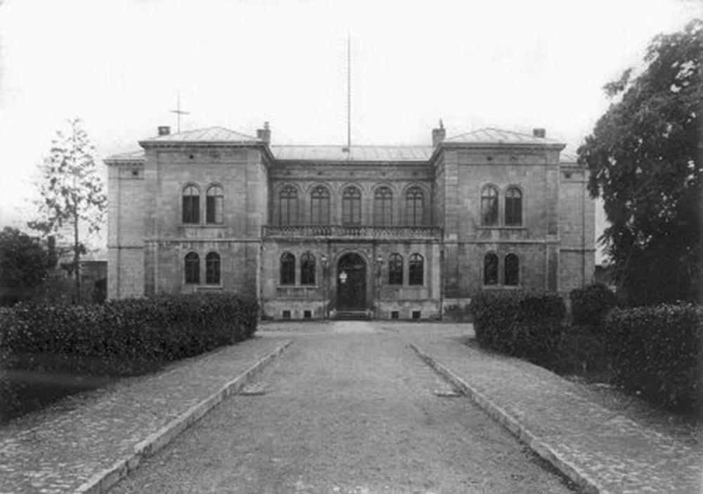 naumburg-stasi-prison-portal.jpg