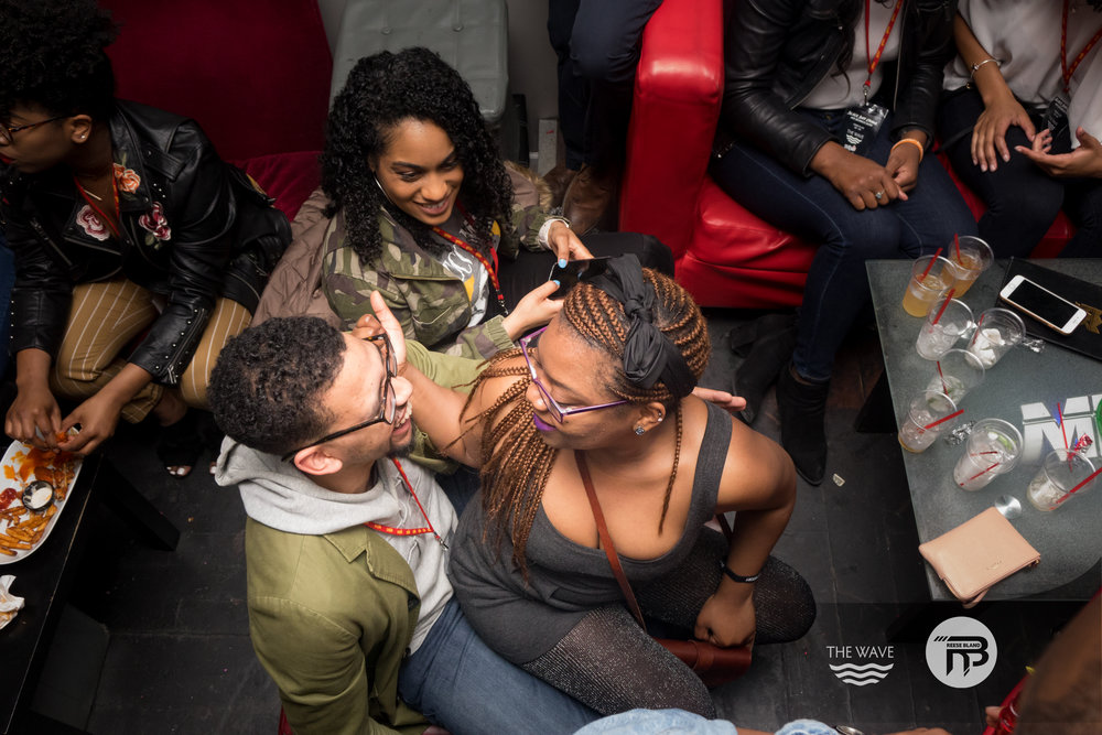 WaveDC-BlackBarCrawl-2-2018-06608.jpg
