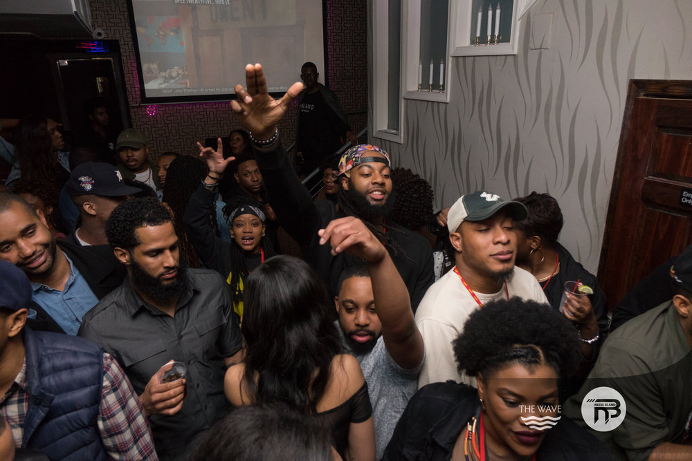 WaveDC-BlackBarCrawl-2-2018-06861.jpg