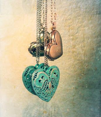 heart+lockets.jpg