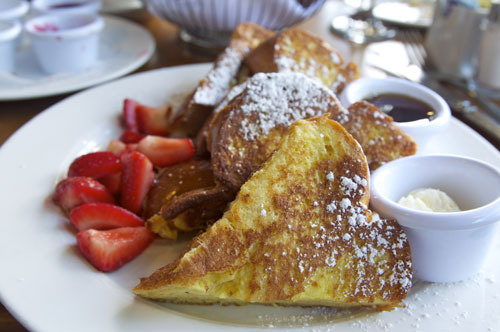 One of Sarabeth's signature brunch dishes, French Toast (source)