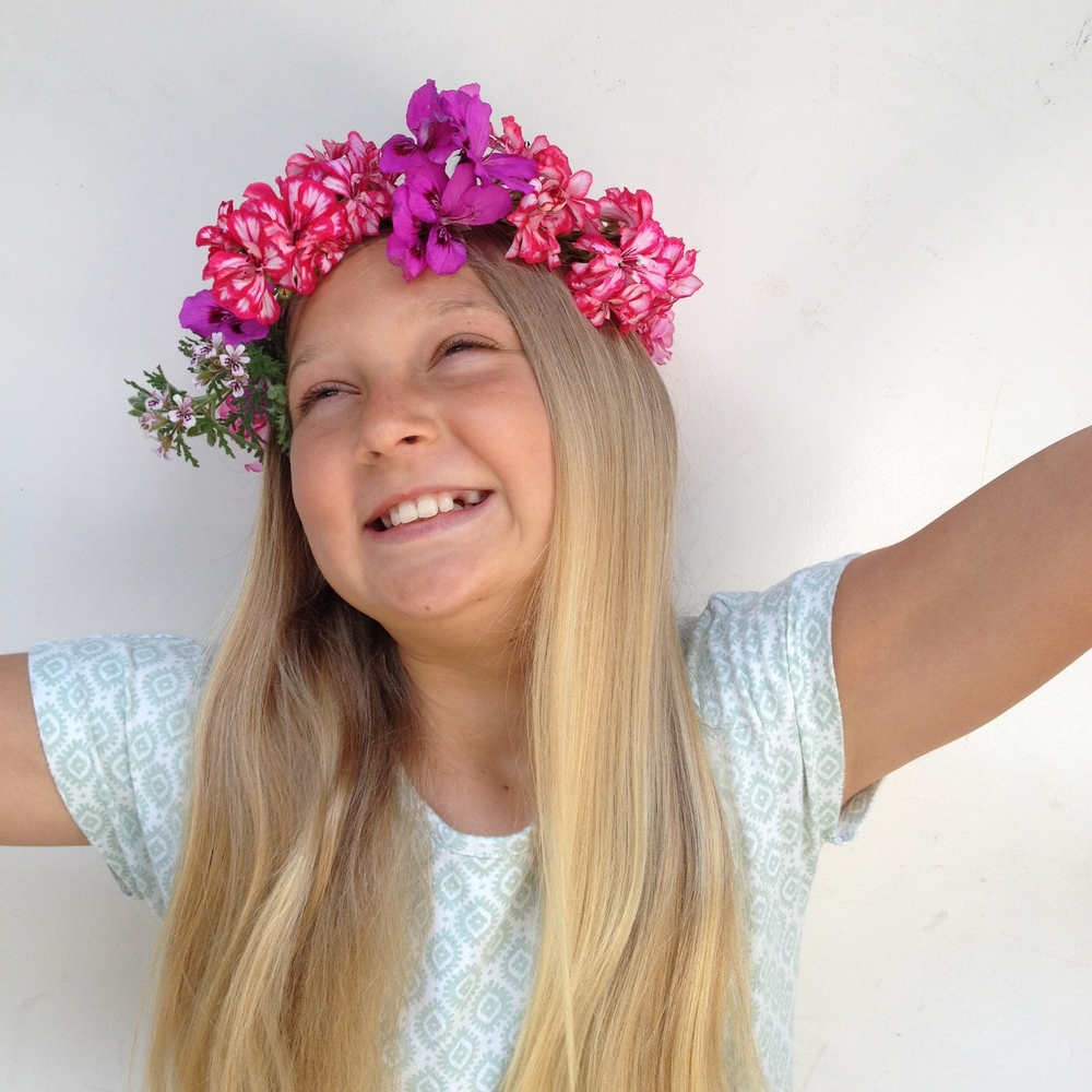 flower crown girl